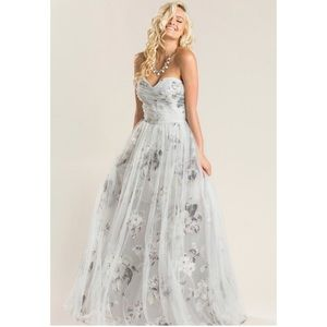 Dresses & Skirts - Grey floral tulle maxi dress NWT